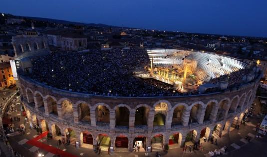 Arena-di-Verona_Foto-Ennevi (c) iseolake info